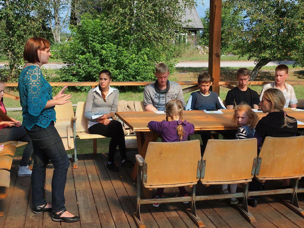 Tiltų jaunimo susitikimas su žurnaliste Vaidilute Dovydaityte